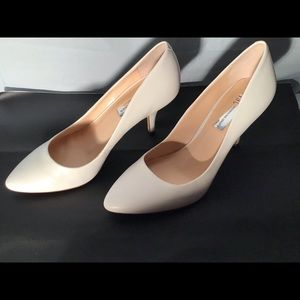 Bright white heel